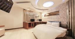 수원 다뉴브 호텔
