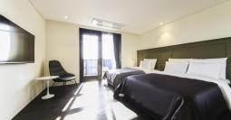 수원 호텔 가덴 비즈