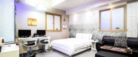 진주 호텔 M